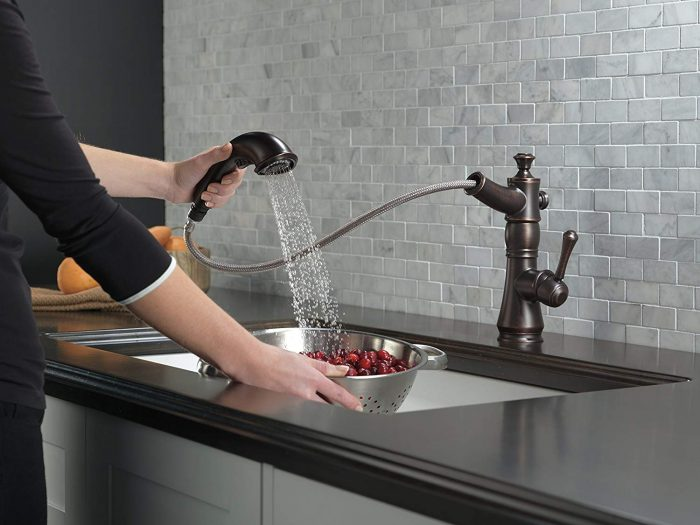 Top 5 Best Kitchen Faucets For Hard Water In 2021 Reviews